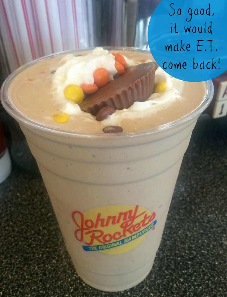 Johnny-Rockets-Reeses-Chocolate-Peanut-butter-shake