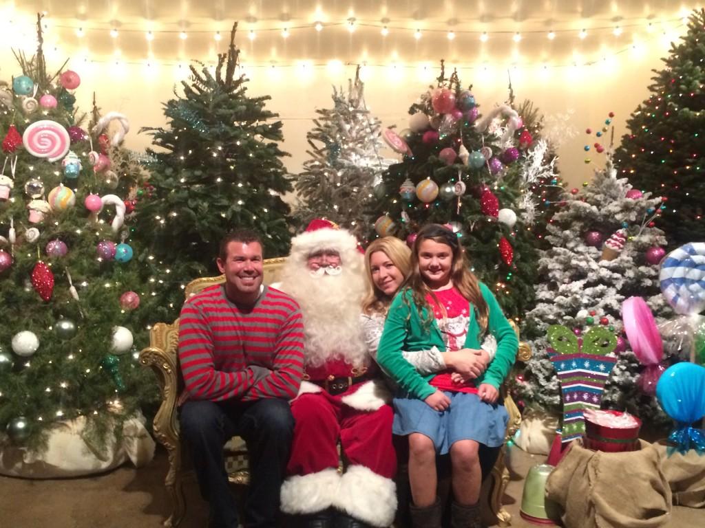 Irvine-Park-Railroad-Christmas-Train-Santa-Picture