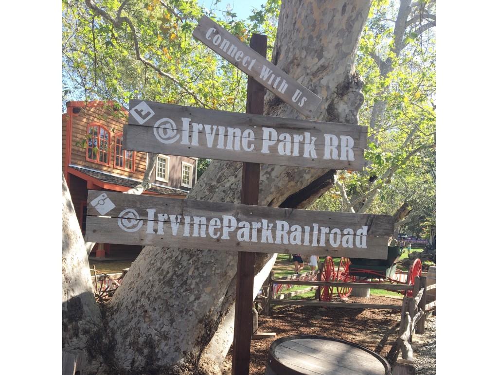 irvine-park-railroad-easter-eggstravaganza-signs