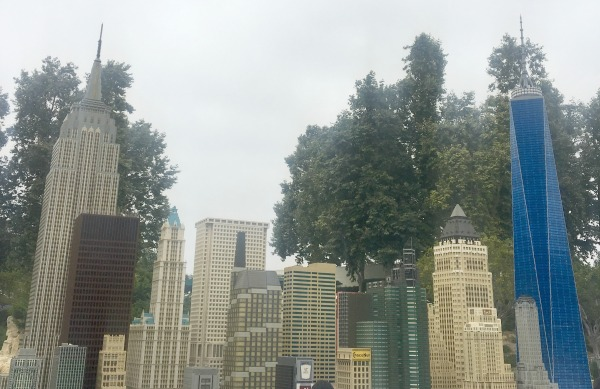 one-world-trade-center-legoland-2