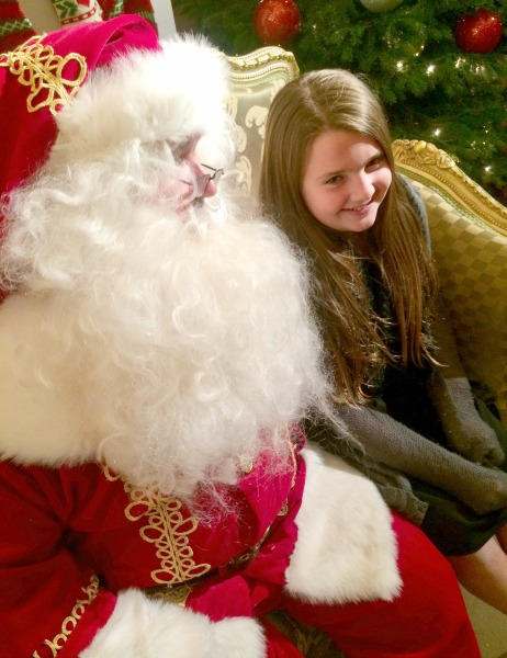 irvine-park-railroad-smiling-with-santa