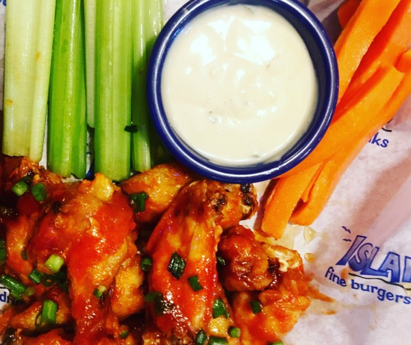 islands-buffalo-wings