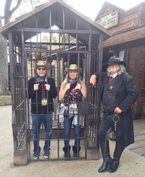 knotts-ghost-town-alive-us-in-jail