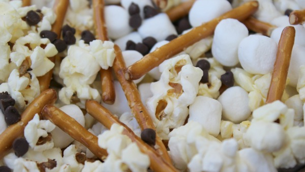 bambi-snack-mix-ingredients-mixed-together
