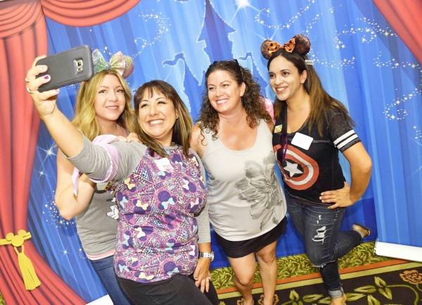 cigna-run-together-group-selfie-1