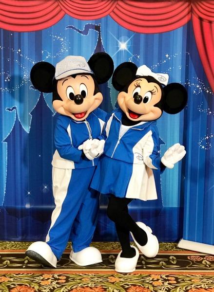 cigna-run-together-mickey-and-minnie