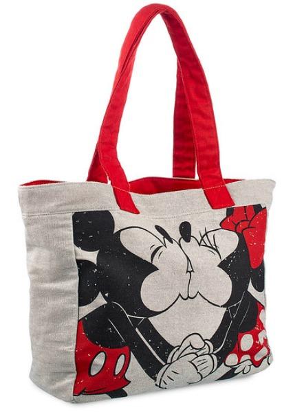 disney-store-valentine-bag